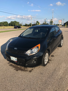 2013 Kia Rio EX Hatchback BRAND NEW TIRES AND BRAKES