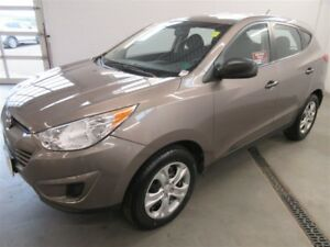 2013 Hyundai Tucson ONLY 42K! TRADE-IN! SAVE!