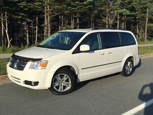 REDUCED! 2010 Dodge Grand Caravan SXT