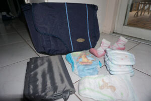sac a couche et articles bebe/ diaper bag and baby items