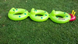 Jouets piscine, prix varies