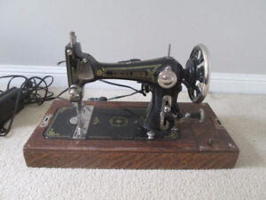 Antique Vintage Seamstress Vibrator Sewing Machine