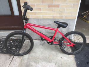 Red DiamondBack Viper BMX with 2 Back Pegs (barely used)