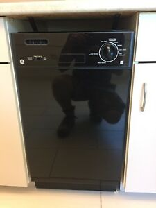 Small Dishwasher (office)