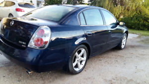 2005 Nissan Altima 3.5 se Sedan