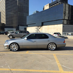 1998 Lexus LS 400- mint condition