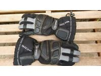 Richa motorcycle gloves, size small.