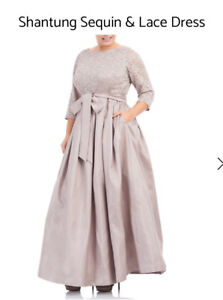 Beautiful mother of the Bride Dress/Formal gown