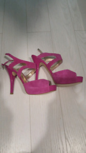 Guess sandals new 8 1/2