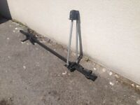Pair of Halfords deluxe cycle racks. good condition complete with keys and instructions