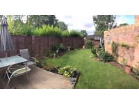 Sevenoaks large bedroom & bathroom with garden-converted cottage transport links & close to town