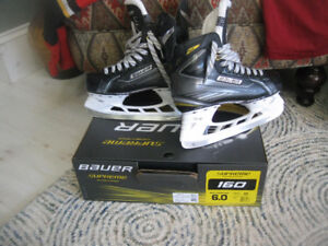 Bauer Supreme 160 size 6D new mint condition in box.