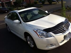 Good Sale! 55000km ! 2011 Nissan altima 2.5S Special Edition!