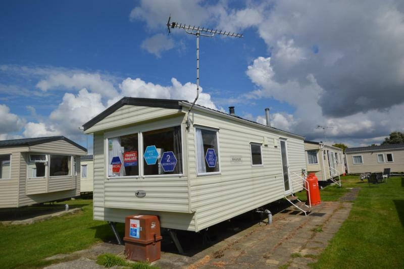 Static Caravan Winchelsea Sussex 2 Bedrooms 6 Berth Willerby Magnum 2010