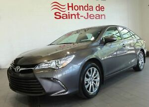 Toyota Camry XLE Berline  4 cyl. Navi-Cuir-Toit-Mags, boîte auto