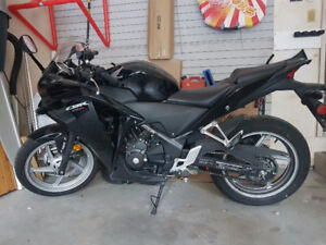 2011 Honda CBR 250 Black