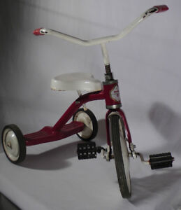 SKITCH'S STUFF: Tricycle $10.00