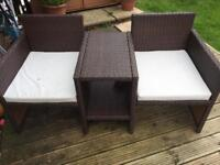 2 seater rattan set with built in table