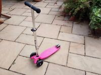 Raspberry Maxi Micro Scooter, great condition, suitable for age 6-12