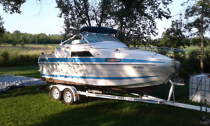 21 foot cabin cruiser with cradle ride trailor