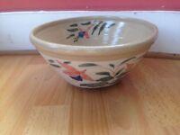 old ceramic fruit bowl,oneil bunratty ireland 1995.