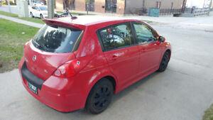 2009 Nissan Versa SL Hatchback
