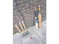 X4 Cricket bats - Wickets and Hard ball