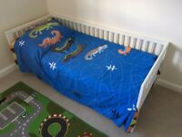 Kids bed, wardrobe and storage bench - HOUSE CLEARANCE