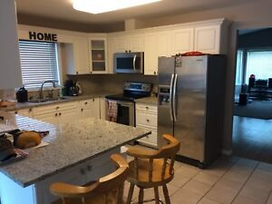 2 rooms for rent,walking distance from red river