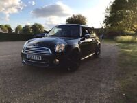 2013 Mini Cooper 1.6 with chilli pack and more! (Low mileage)