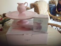 Cake stand pink