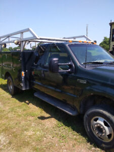 2001 Ford F-350 Pickup Truck WITH service box!