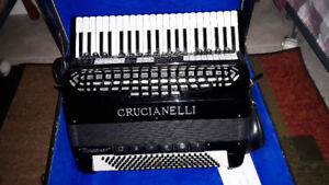 Crucianelli electronic accordion