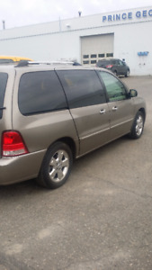 2006 Ford Freestar limited Minivan, Van
