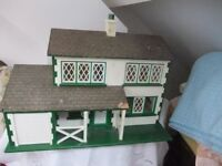ANTIQUE DOLLS HOUSE - 1940/50's Period with leaded windows