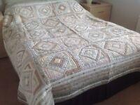 Patchwork beige bed Throwover.