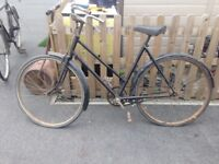 Vintage bike roughly 100 years old it's one exelant condition