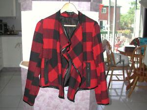 Manteau Rouge/Noir Dex Petit Femme (parfait pour maternité)