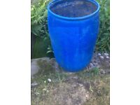 Garden water collecting bin