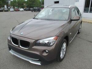 2012 BMW X1 28i + TOIT PANO+ AWD