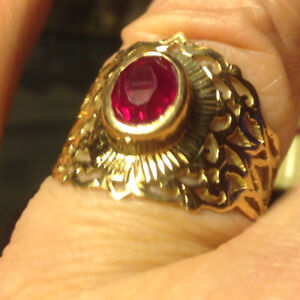 Vintage Russian Solid 14K (583) Pink Rose Gold Ruby Ring 5.4g Si