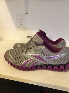 Ladies Reebok Zig Zag sneakers