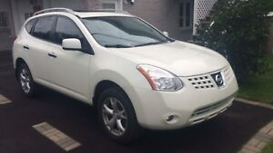 Nissan Rogue 2010 SL AWD , Excellent Condition, Safety Etest,