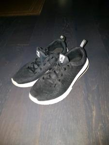 Size 7 ADIPRENE Adidas Running Shoes