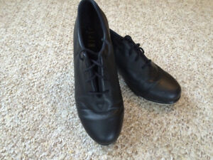 Bloch all-leather women's tap shoes, sz 7 (small)