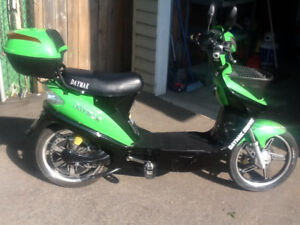 2014 Daymak Monico  60 volt  E-bike Scooter ! $760 or b.o. !