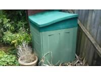 Green garden storage container 200 litre