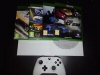 Xbox One S 1TB +4 Games and Box