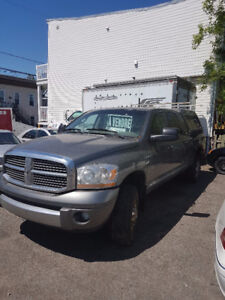 2006 Dodge Power Ram 2500 Laramie 2500HD Méga-cab 4x4 +tv+dvd