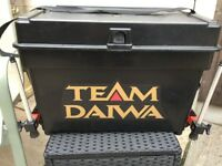 Team Daiwa box/seat and tackle